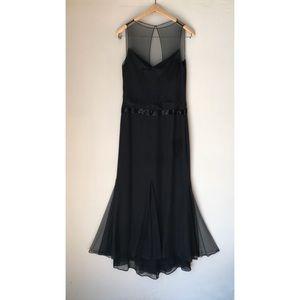 Vera Wang Black Silk Tulle Beaded Gown 8